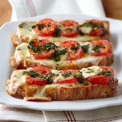 fast fix caprese pizza toast   chatelaine