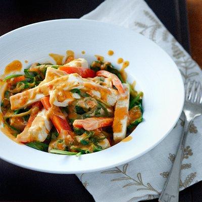 Spicy peanut, tofu and spinach stir-fry