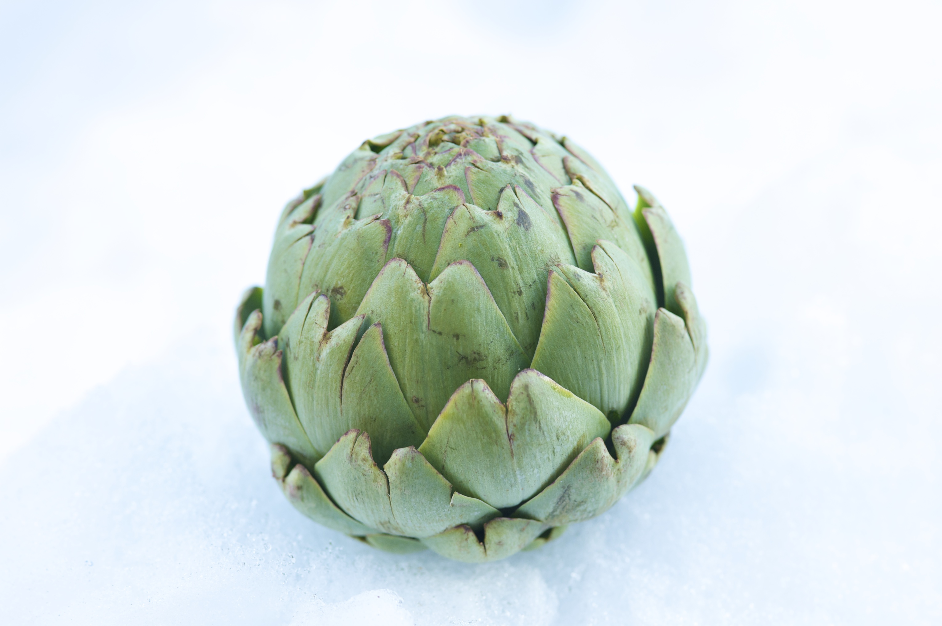 Healthy Recipes: Garlic steamed artichokes with dip - Chatelaine