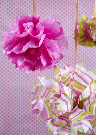 To make a beautiful floral tissue paper bow how to make a beautiful floral tissue paper bow mightylinksfo Images