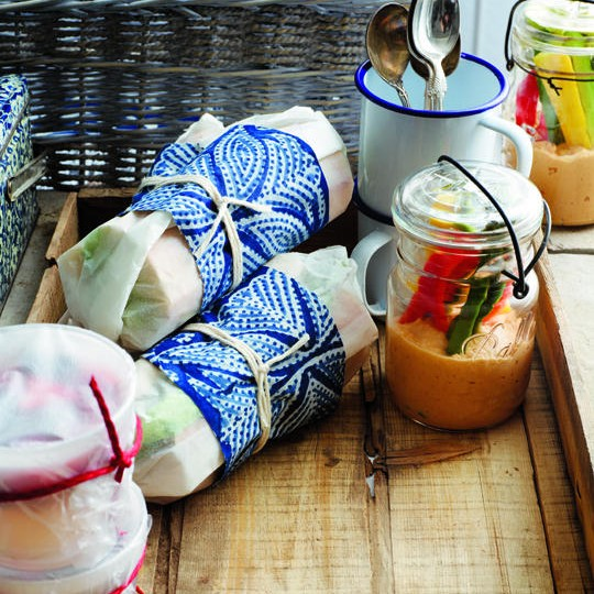 easy picnic recipes: wrapped sandwiches, hummus veggies in jar