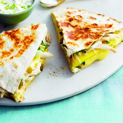 Quesadillas with chicken, mango and brie