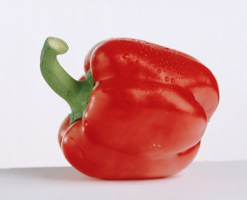 5 health benefits of red peppers
