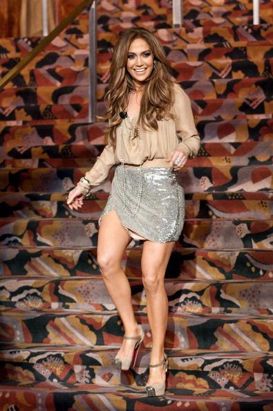 Jennifer Lopez, mini skirt, Gillette Venus