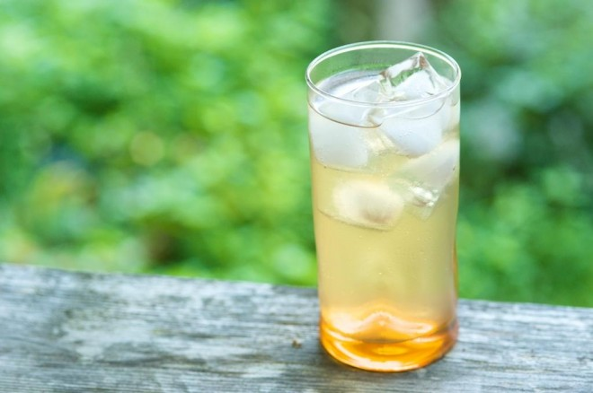 apple cider vinegar sparkling drink