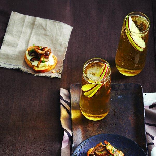 Lemony mushroom and herb crostini