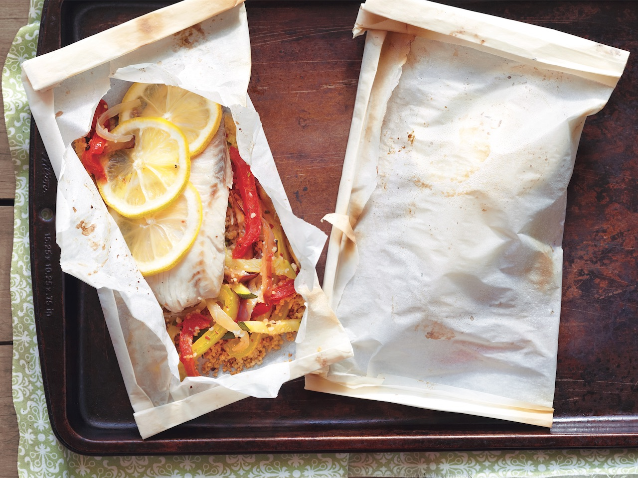 How to cook meat: Baked fish en papilotte