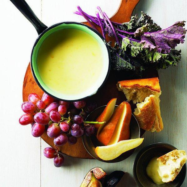Fondue Dinner Party Ideas Part - 35: Chardonnay-cheese-fondue-0-l
