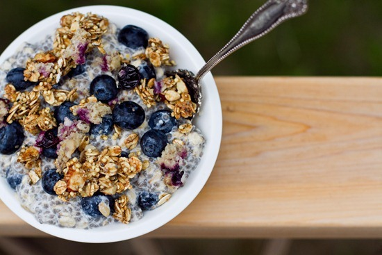 Blueberries with oatmeal in cereal bowl