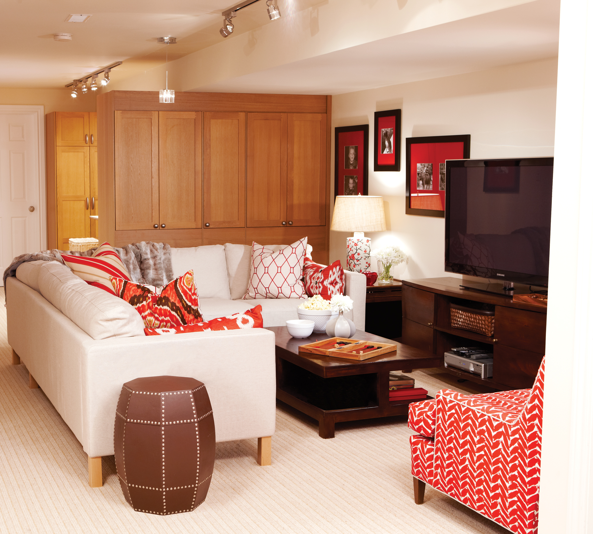 Sarah richardson 39 s design tips to make over your basement for Rec room ideas for small rooms