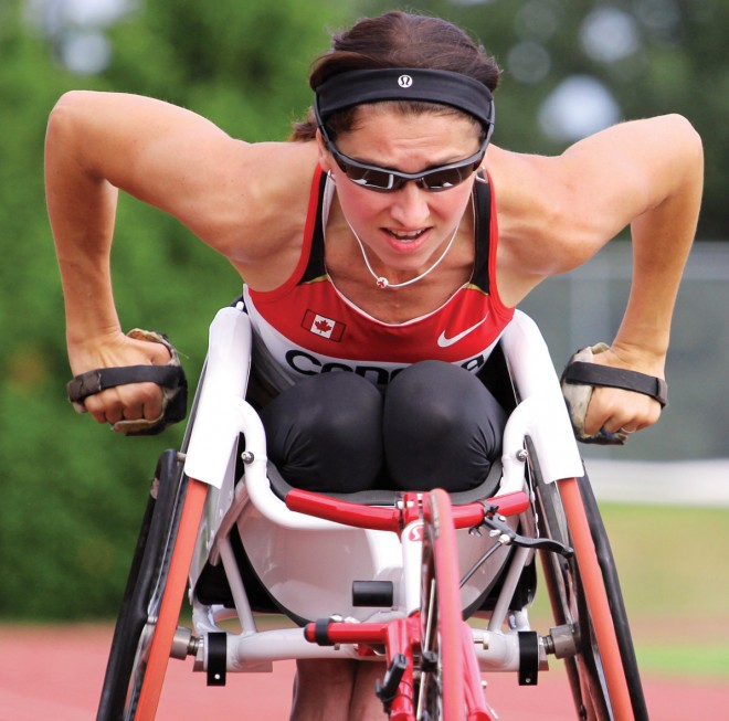 Michelle Stilwell racing in wheelchair on track