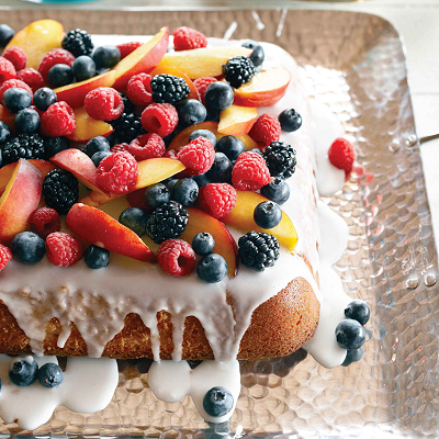 Vanilla-cake-with-summer-fruit-1-l