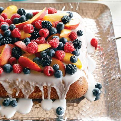 Vanilla-cake-with-summer-fruit-1-l