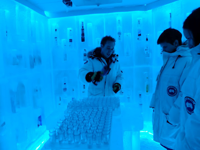 The Vodka Room Bearfoot Bistro