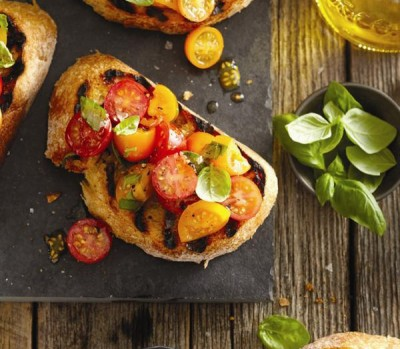 Charred-cherry-tomato-bruschetta-0-l