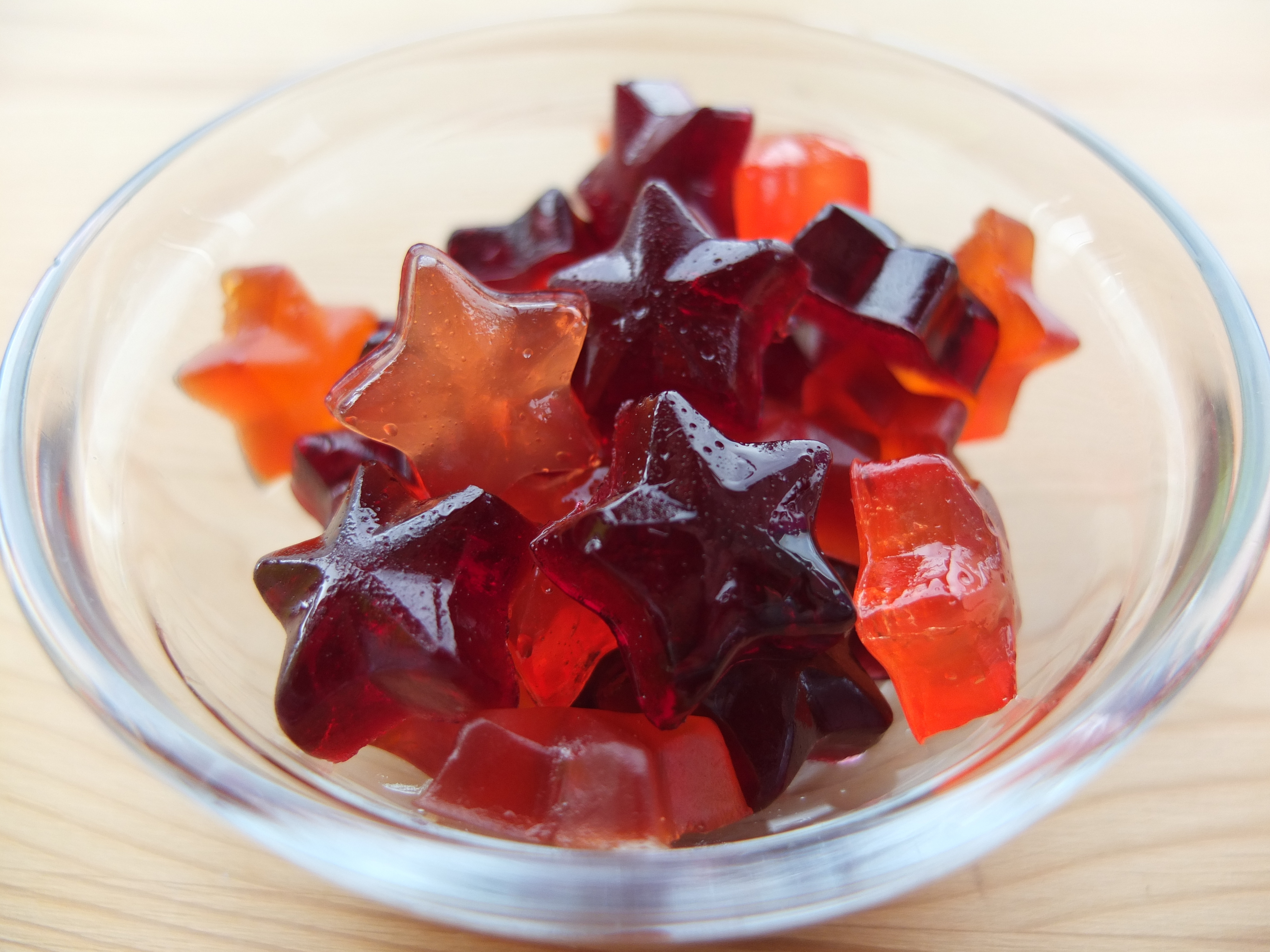 How to make homemade gummy candy for Halloween