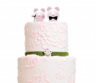 Wedding cake with pigs
