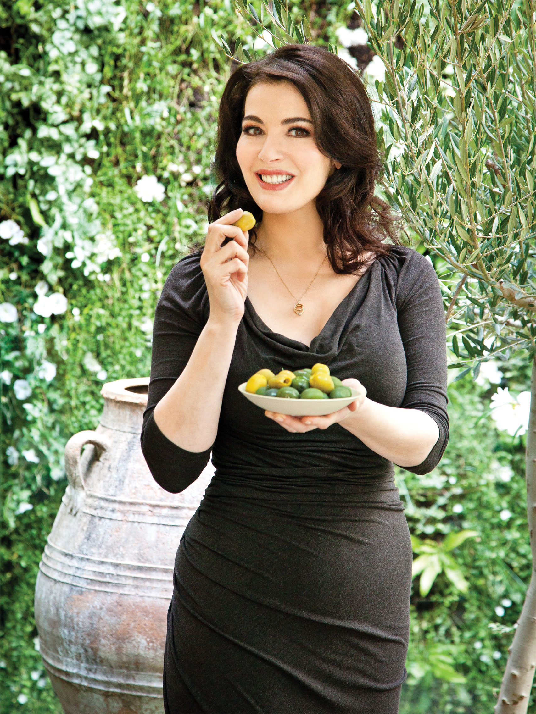 Nigella Lawson in garden
