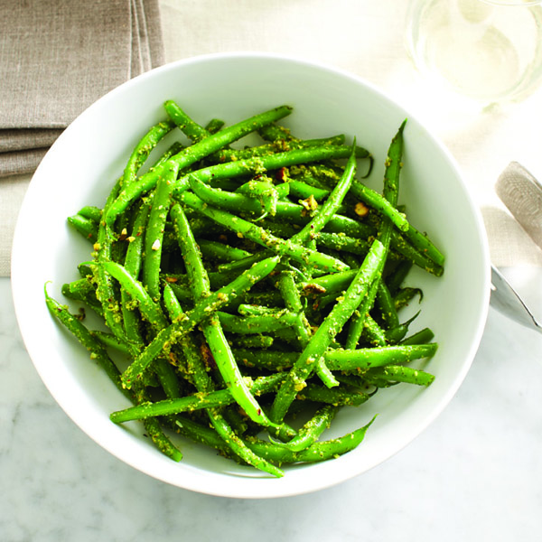 Nigella Lawson's green beans with pistachio pesto