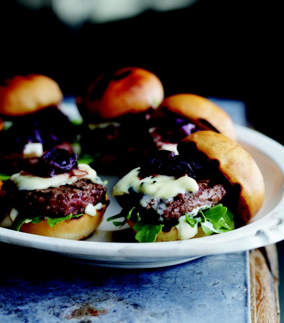 Curtis Stone's cheesy sliders with red onion marmalade
