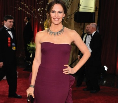Jennifer-Garner-Oscars-May-13-p152
