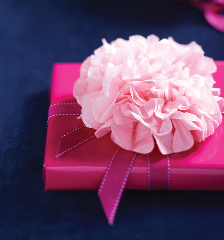 How to make a beautiful floral tissue paper bow tissue paper bow gift topper mightylinksfo