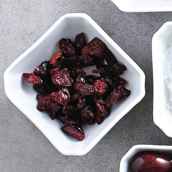 Dried cranberries_Loose ends