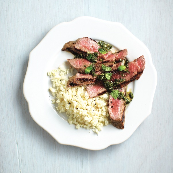 Grilled steak with spicy cilantro sauce