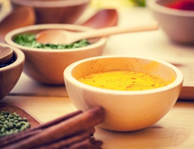 Curcumin/turmeric in a bowl