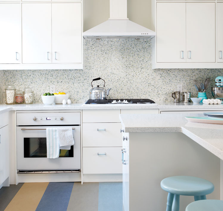 Sarah Richardson 39 S Tips To Create A Vintage Inspired Kitchen