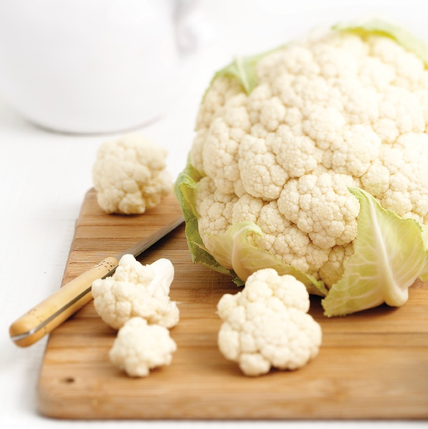 cauliflower on a cuttting board