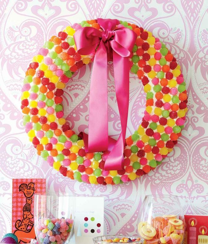 diy wreath with gum drops
