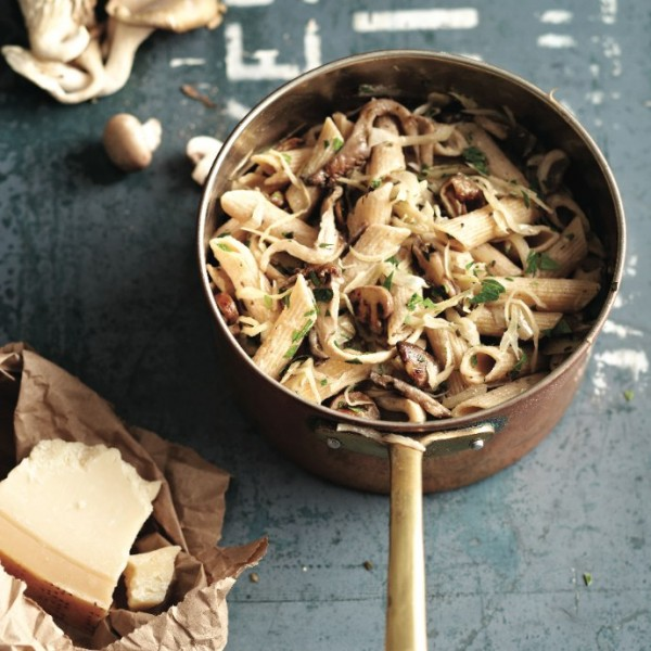 Penne noodles with cabbage and mushrooms