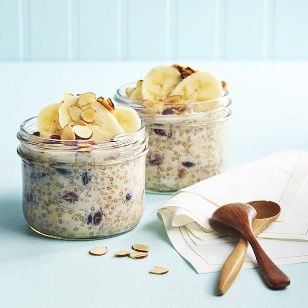 <strong>Overnight Chia Oatmeal</strong>