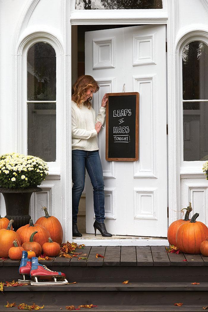Karine ewart pumpkins house leafs habs