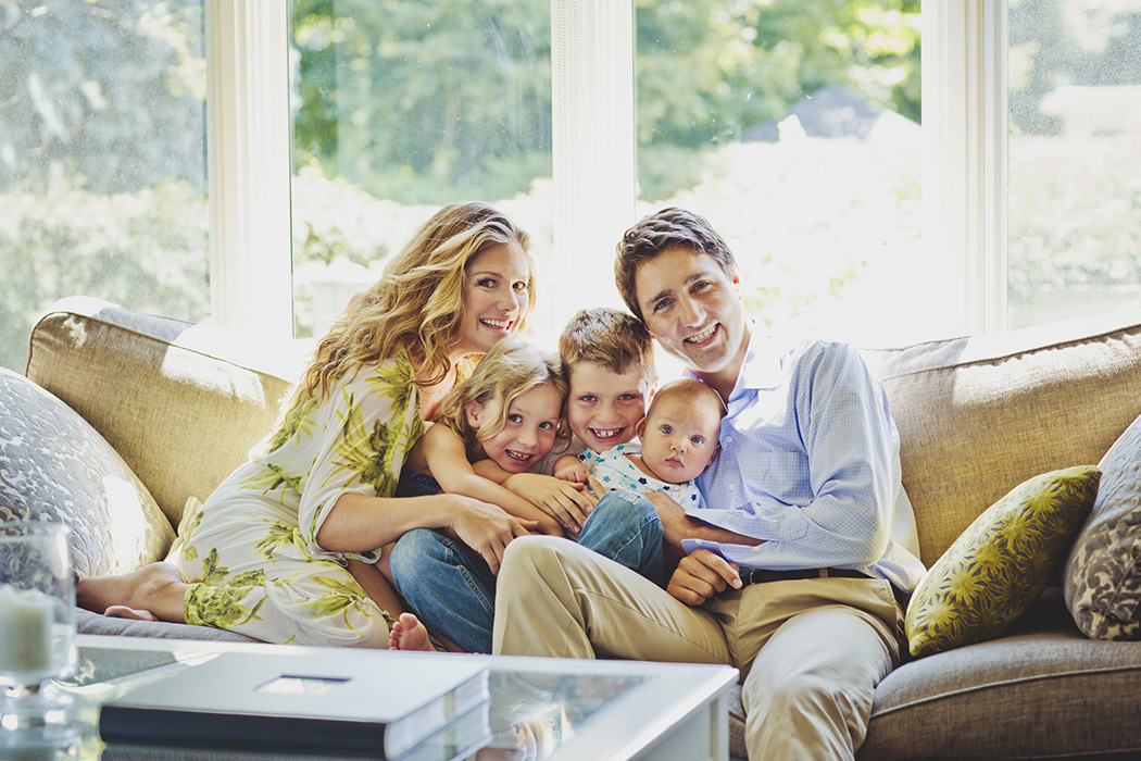 exclusive photos of the trudeaus at home chatelaine