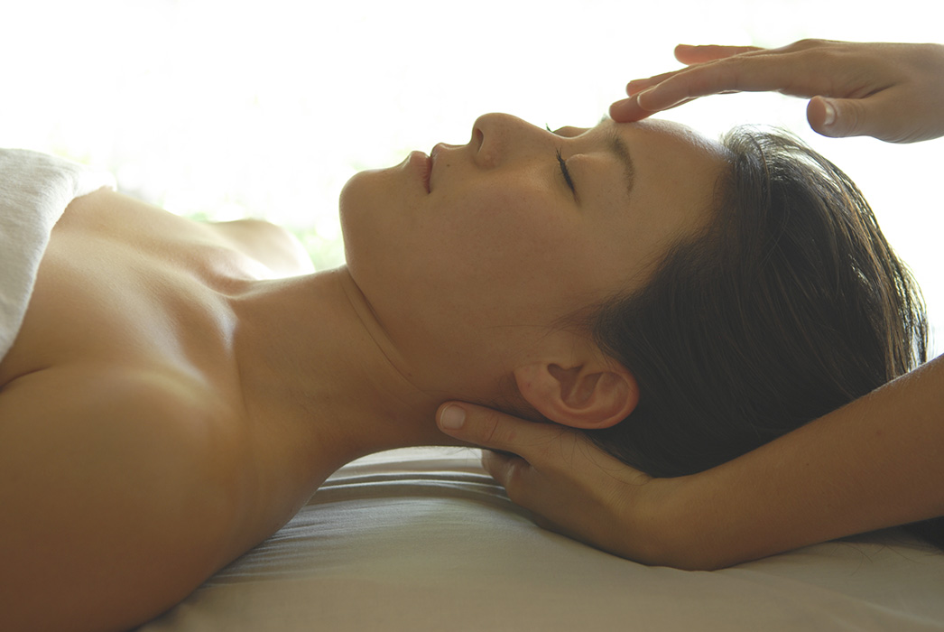 reiki woman healing japanese spa