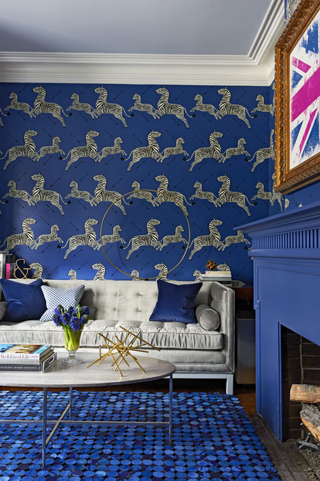 living-room-lounge-zebra-wallpaper-pattern-blue-bold