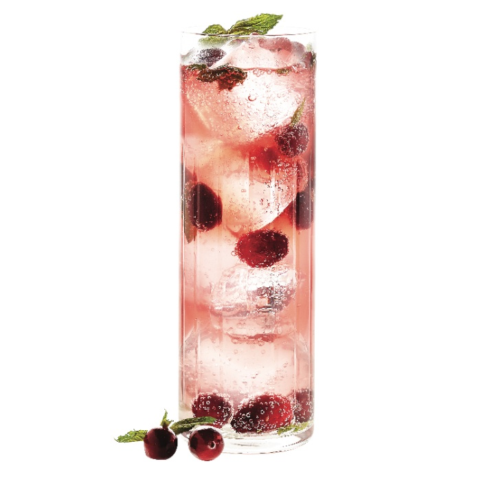 Cranberry-ginger cocktail
