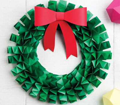 Beau How To Make An Accordion Folded Paper Wreath