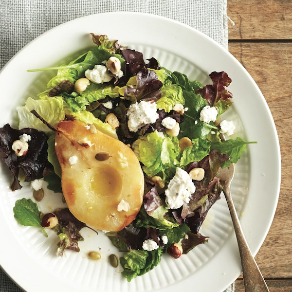 <strong>Supper salad with roasted fruit</strong>