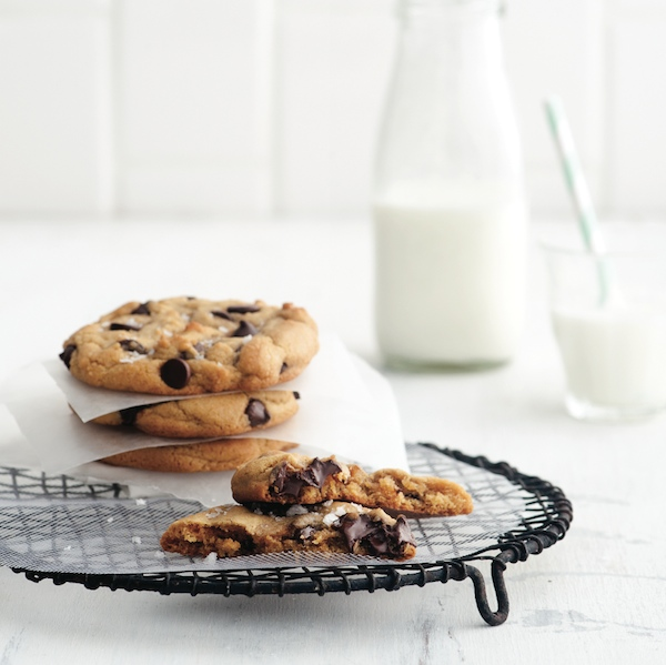 easy desserts: Small-batch chocolate chip cookies