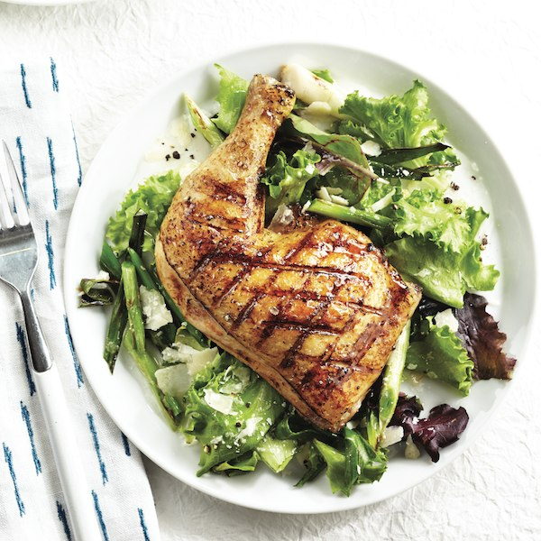 Grilled chicken with spring onion salad