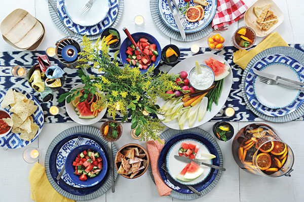 outdoor decorating tips-garden party meal