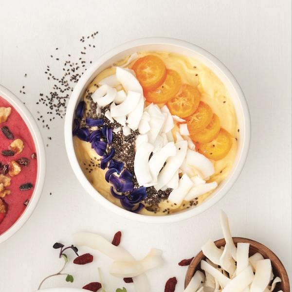 Tropical twist smoothie bowl