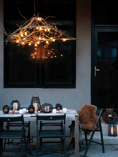 outdoor decorating tips-backyard dining table with chandelier