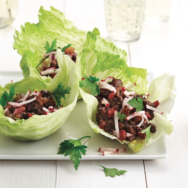 Pomegranate and spice beef wraps