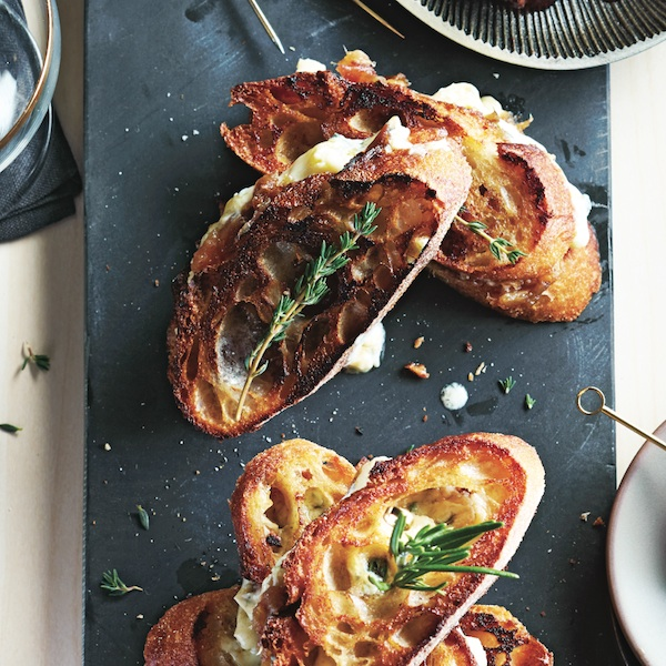 Cocktail party snacks: Cambozola and date grilled cheese crostini