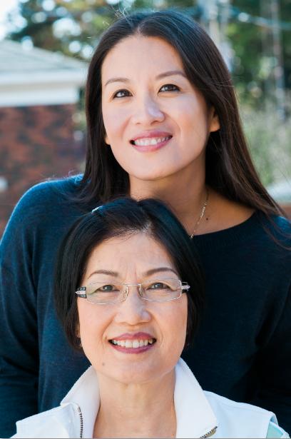 Elaine Lui (aka Lainey Gossip) and her mom.