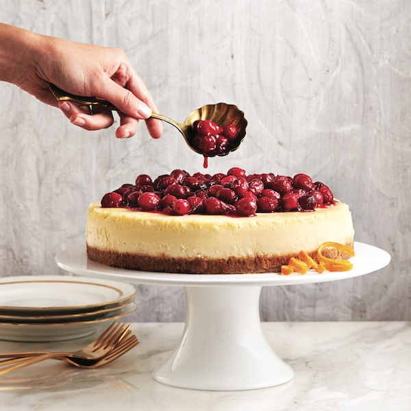 Cranberry recipes: Classic cheesecake with cranberry sauce